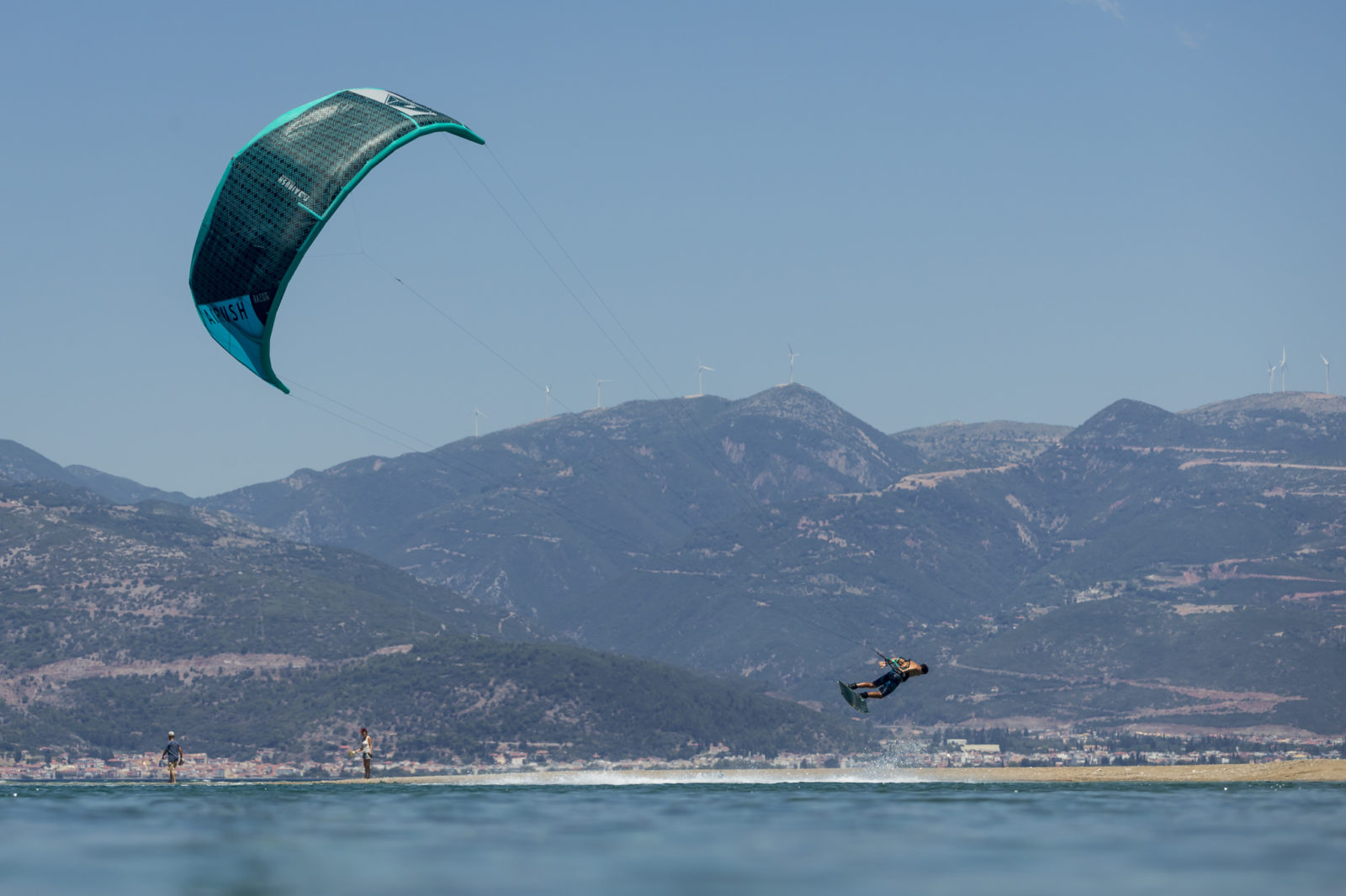 Airush-Kiteboarding-Victor-Hays-Andre-Ma